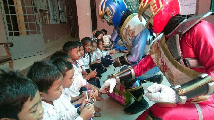 カンボジアの子供たちへ