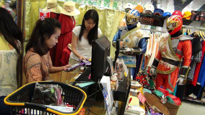 カンボジアの働く女性たち