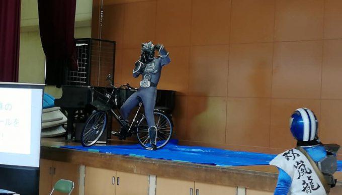 自転車の悪い乗り方